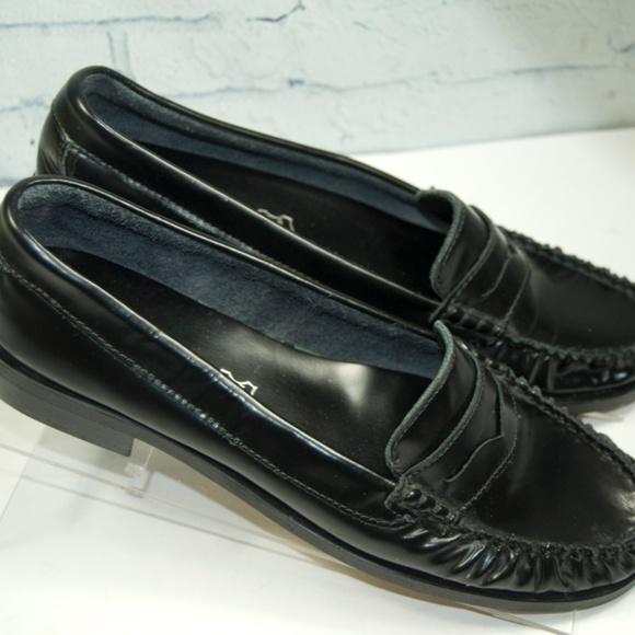df2f7bd3d0d ALDO Shoes - Aldo Women s Size 8 Black Leather Penny Loafers